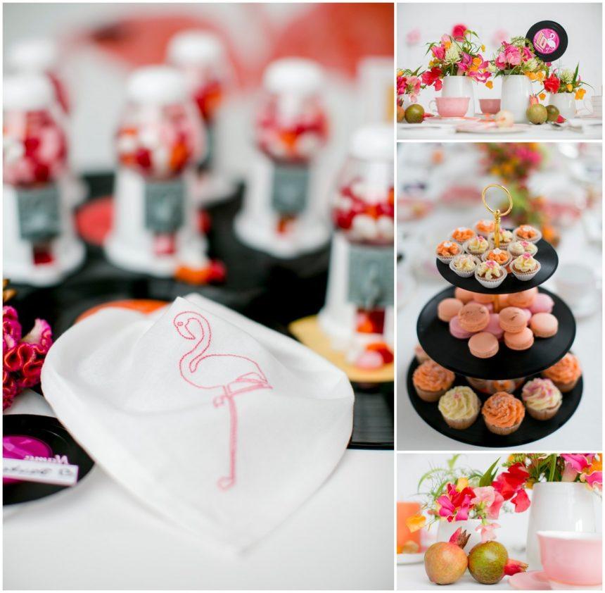 Flamingo sticken: Servietten für eine tropische Tischdekoration