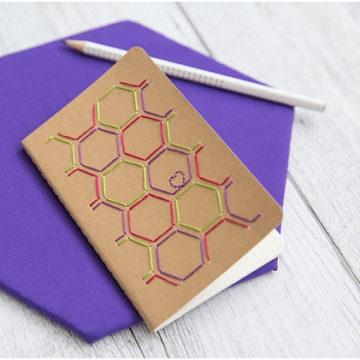 FREEBIE: Stickvorlage für ein besticktes Notizbuch
