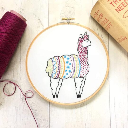Alpaca oder Lama sticken