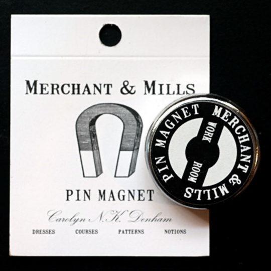 Needleminder in Schwarz von Merchant & Mills