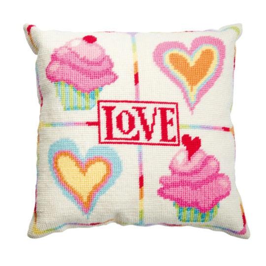 Tapisserie Kissen mit Herz und Cupcake