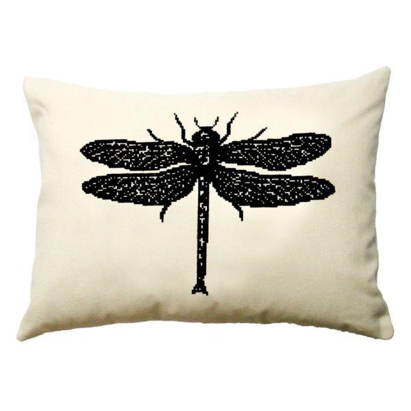 Stickmuster für eine große Libelle in Schwarz