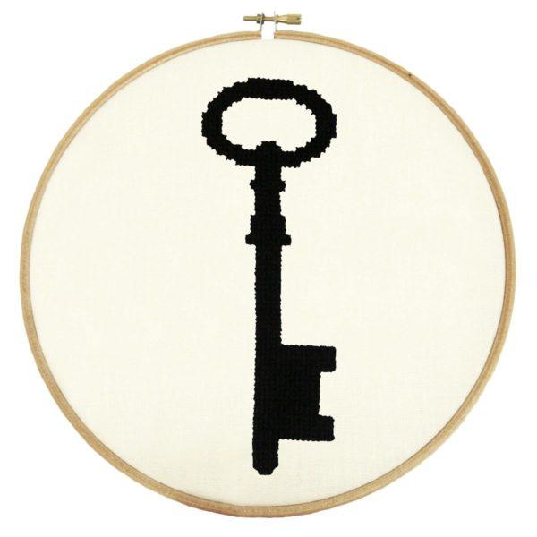 Stickmuster für einen Vintage-Schlüssel im Kreuzstich
