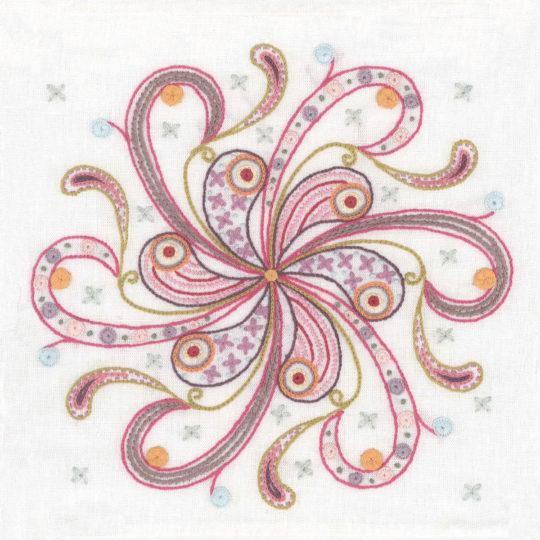 Mandala mit einer gro0en Blume aussticken