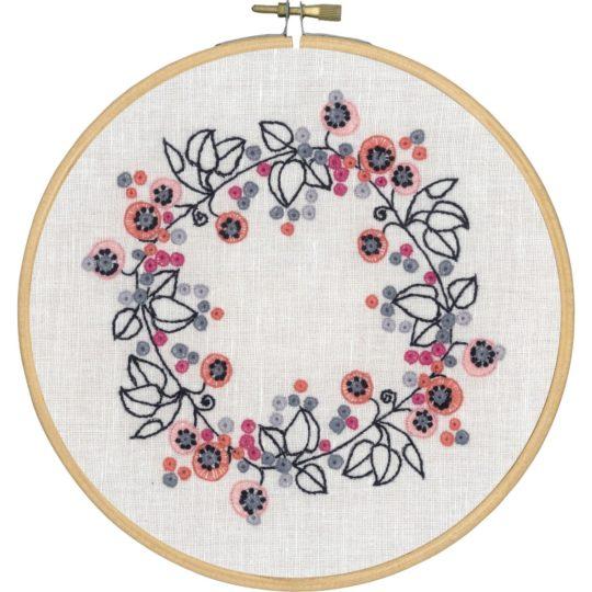 Stickmuster bzw. Stickvorlage für einen modernen Blumenkranz