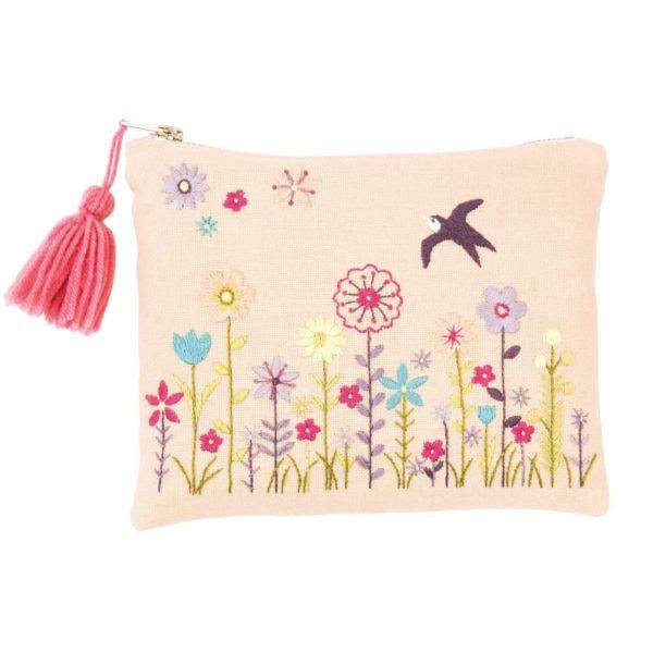 Schmink-Tasche mit Blumen sticken l über Zur Lila Pampelmuse