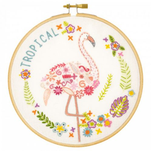 Hübscher Flamingo mit Blumen und Blättern l Stickpackung über Zur Lila Pampelmuse