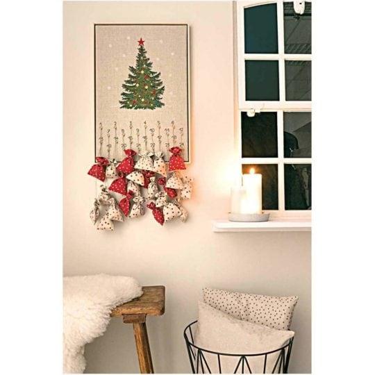 Stickpackung Adventskalender mit Weihnachtsbaum Kreuzstich | über Zur Lila Pampelmuse
