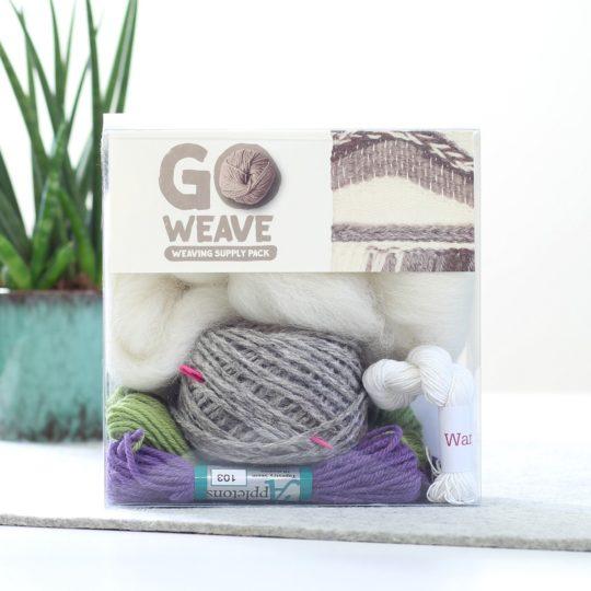 Wolle zum Weben mit Webrahmen in Lavendel & Olive & Grau | über Zur Lila Pampelmuse