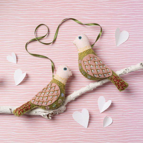 Love Birds aus Filz basteln: Zum Valentinstag für eure Liebsten | Set über Zur Lila Pampelmuse