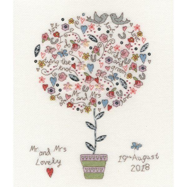 Stickpackung mit BIld zur Hochzeit: Liebes-Baum sticken | über Zur Lila Pampelmuse