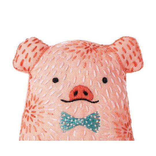 Süße Tier Puppe: Schwein sticken! Für Handstickerei - über Zur Lila Pampelmuse