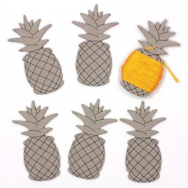 Garnwickelkarten in Form einer Ananas für Stickgarn | über Zur Lila Pampelmuse