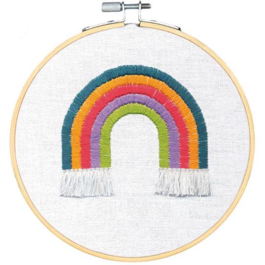 Regenbogen sticken in bunten Farben | Stickpackung über Zur Lila Pampelmuse